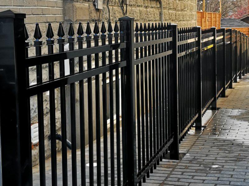 F2 fence black 3x3 post