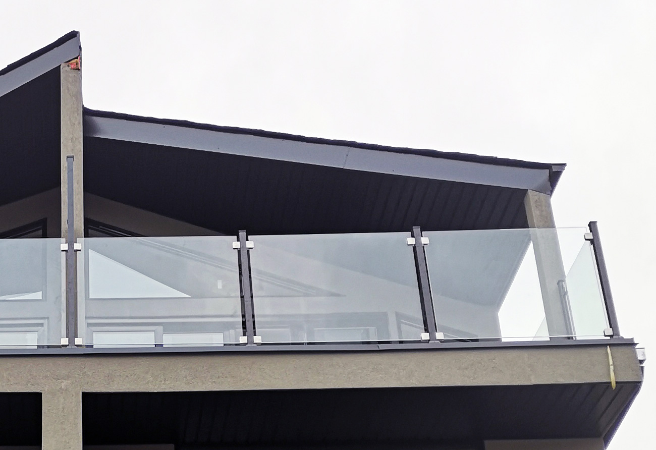 Glass Railing Project Toronto GRF1 clear - black - 2x2