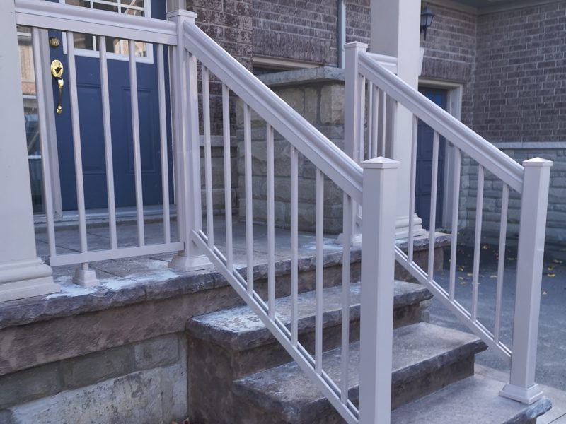 R1 Railing Front Entry Beige