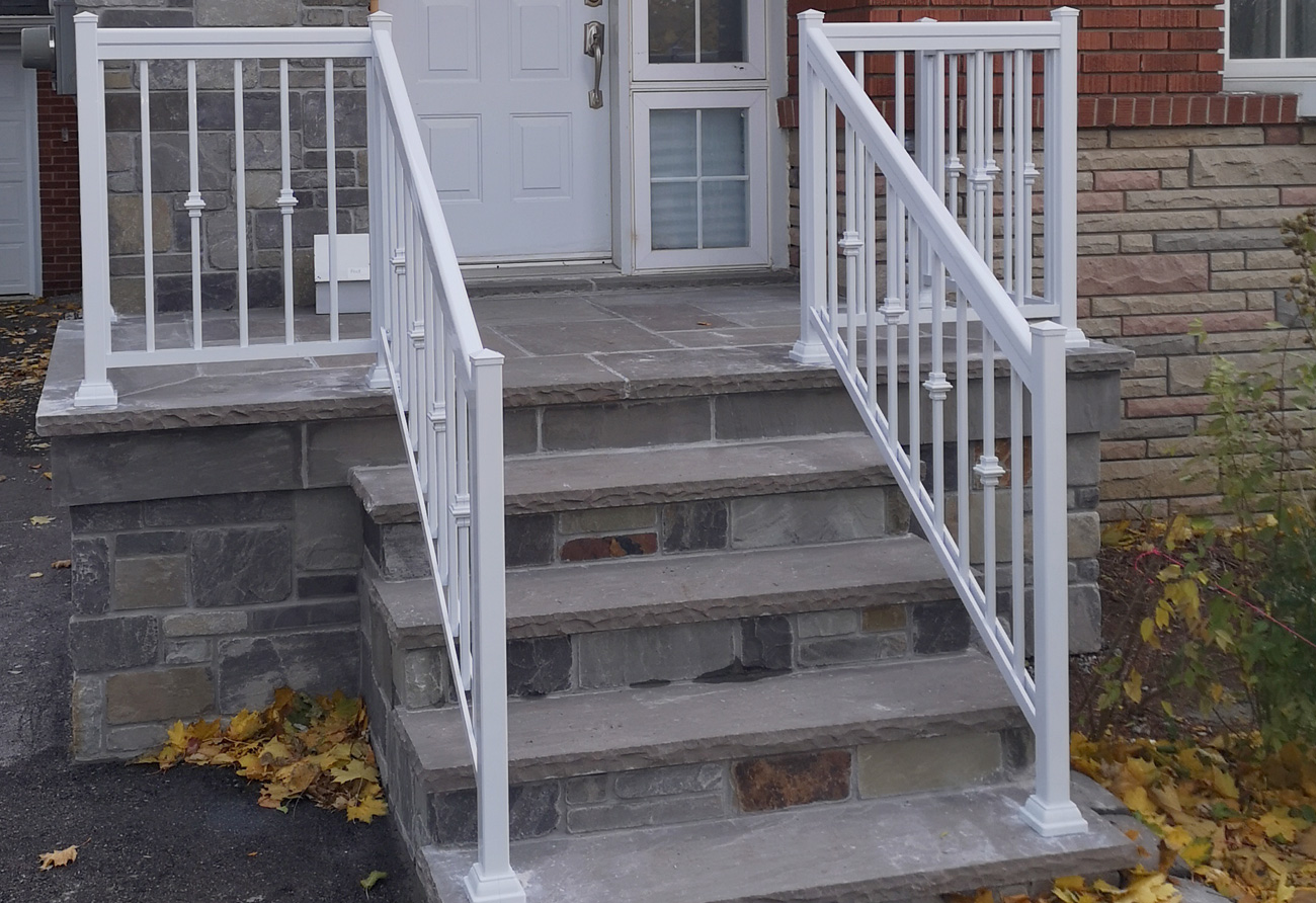 R2 Railing Bungalow Front Entry