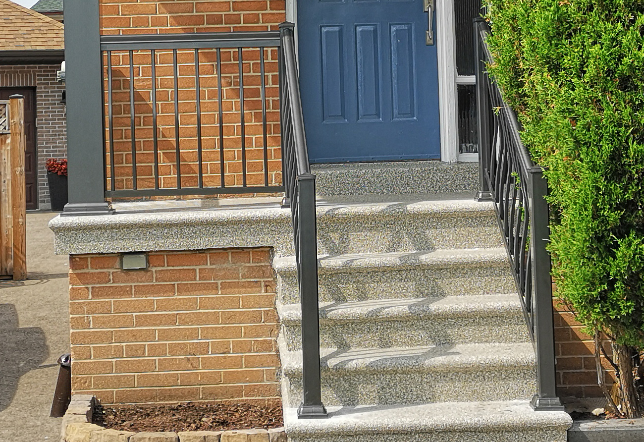 R3 Railing Pewter Bungalow with columns