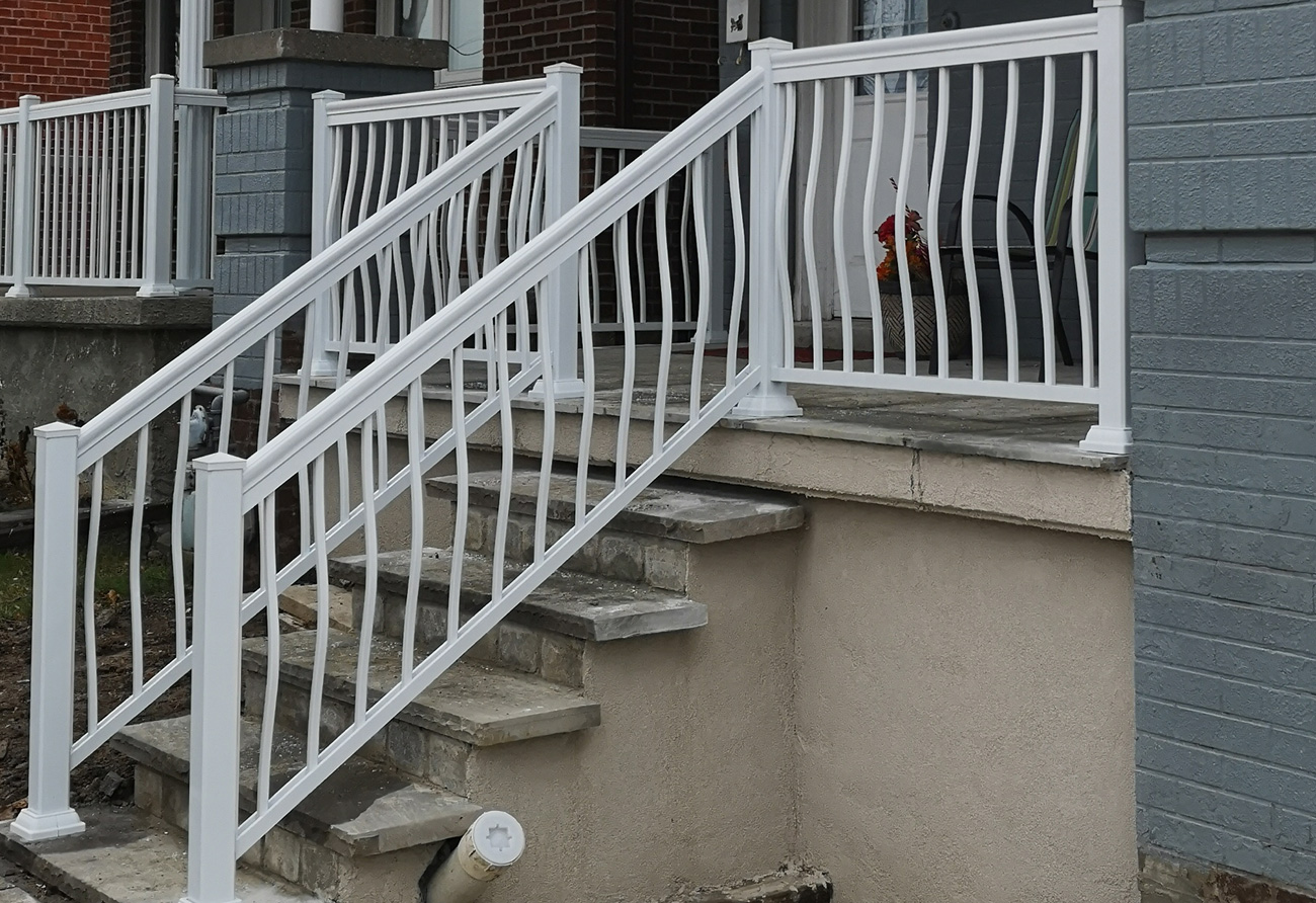 R3 Railing Front Entry